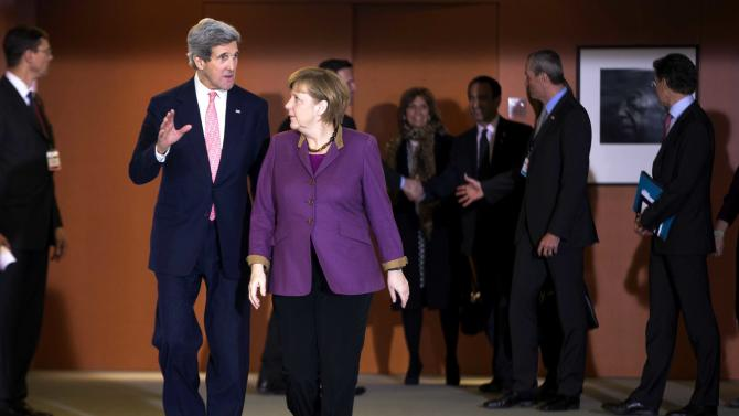 Kerry pushes trans-Atlantic free trade in Germany