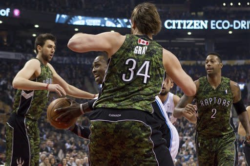 Anderson makes 8 3's as Magic rout Raptors 117-101