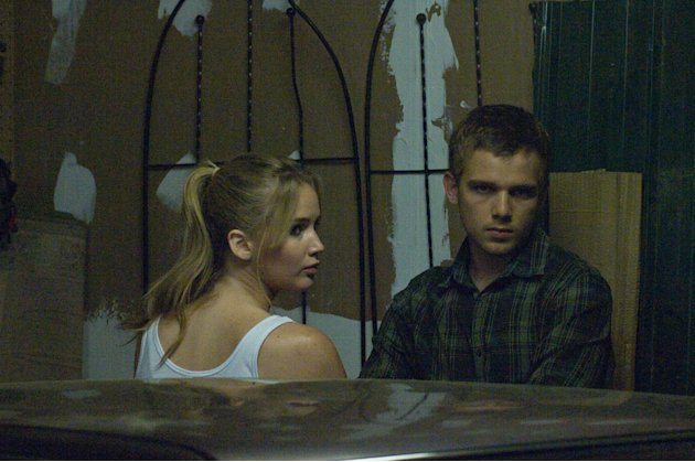 House at the end of the street, Jennifer Lawrence, Max Thieriot