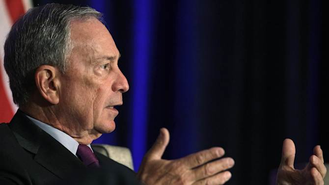 New York City Mayor Michael Bloomberg takes part in a discussion of economics and the politics of immigration with former White House Chief of Staff William Daley during a meeting of The Chicago Economic Club Tuesday, Aug. 14, 2012, in Chicago. (AP Photo/M. Spencer Green)