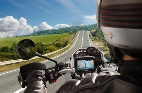 "TomTom Launches ""TomTom Rider"" - A New Navigation Device for Bikers"