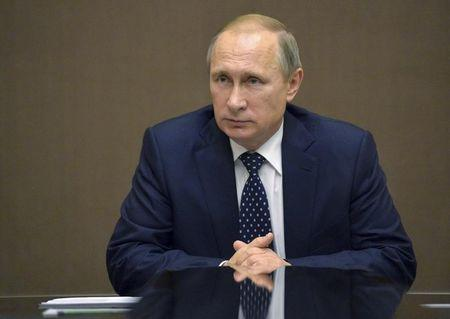 Putin, citing national security, signs Turkey sanctions decree