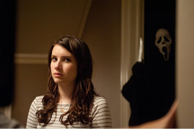 "Emma Roberts She plays plays Jill Roberts, cousin of Sidney (Neve Campbell). Her most unforgettable scene? ""Hayden and I had to be at a window and we were screaming,"" she recalled. ""The two of us just"