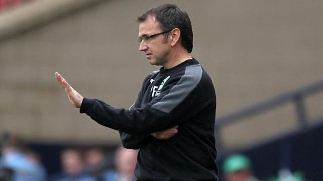 Hibs boss Pat Fenlon is expecting 'an entertaining game' against a boosted Kilmarnock side
