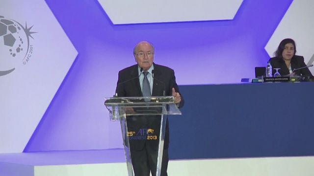Blatter urges Asia to push for extra World Cup spots [AMBIENT]