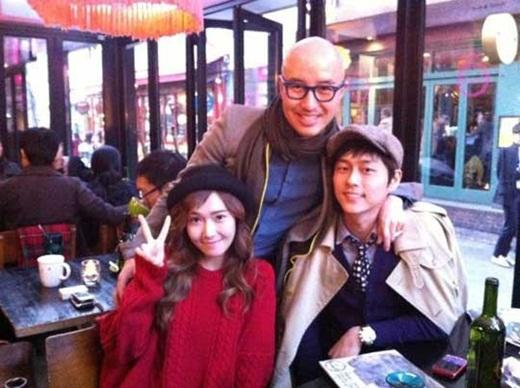 Girl's Generation's Jessica captured at Hong Seokcheon's restaurant in Itaewon