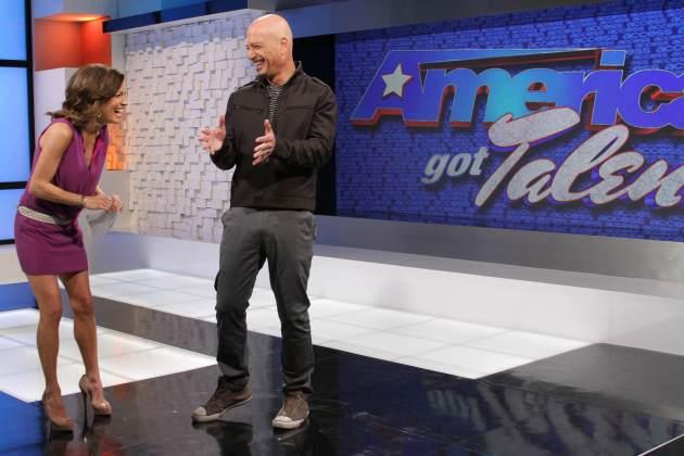 Howie Mandel and Access Hollywood's Kit Hoover, Feb. 12, 2013 -- Access Hollywood