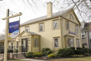 Rockland Trust Welcomes Mayflower Bank Customers
