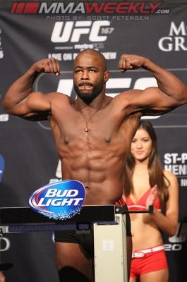 UFC 167 Results: Rashad Evans Pounds Out Chael Sonnen in Round One