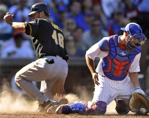 Pirates lose 7th straight, fall to Cubs 7-4