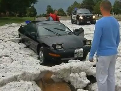 Raw: Colorado Hail Looks Like Summer Snowstorm