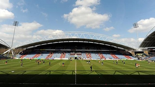 Warrington and Hull FC will lock horns at the John Smith's Stadium
