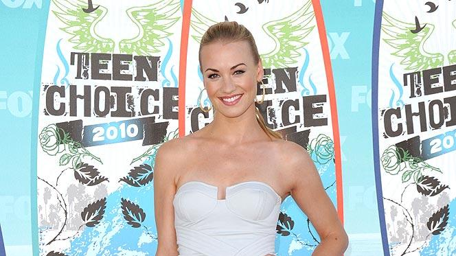 Strahovski Yvonne Teen Choice Aw