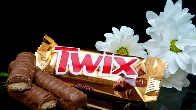 Twix-Loving Man Fired for Attacking Twix-Withholding Vending Machine With Forklift