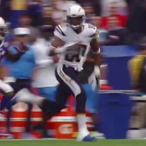 San Diego Chargers quarterback Philip Rivers finds wide receiver Malcom Floyd for 49 yards