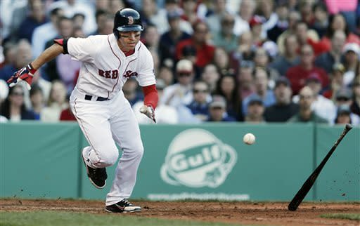 Ortiz, Drew carry Red Sox past A's 6-5