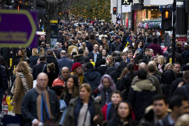 Post-Christmas sales see strong start in Britain