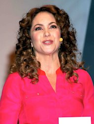 VIDEO: Lucero se re del bullying a Paty Navidad