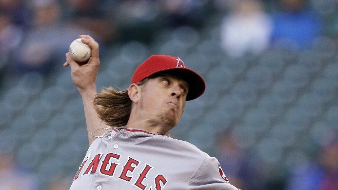 Weaver continues hot streak as Angels win 6-4