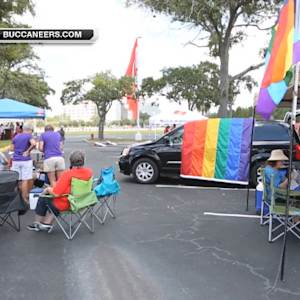 Tampa Bay Buccaneers host LGBT tailgate event