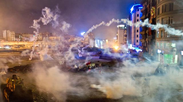 Turkish Protesters Use Fireworks to Battle Cops