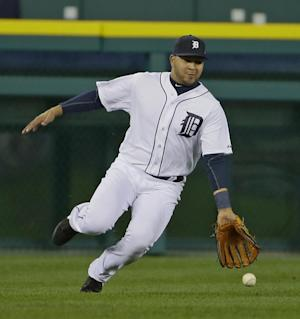 Peralta gives Tigers a lift after suspension