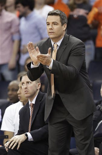 Harris' 26 lead Virginia past Virginia Tech, 73-55