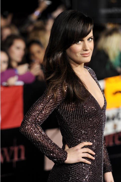 "Elizabeth Reaser arrives at the world premiere of ""The Twilight Saga: Breaking Dawn - Part 1"" on Monday, Nov. 14, 2011, in Los Angeles. (AP Photo/Chris Pizzello)"