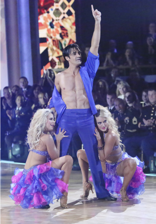 Chelsie Hightower, Gilles Marini and Peta Murgatroyd (11/12/12)