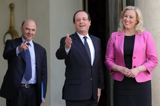 Finland's Finance Minister Jutta Urpilainen meets French President Hollande at the Elysee Palace in Paris