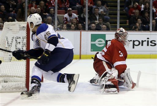 Steen scores in OT in Blues 4-3 win over Red Wings