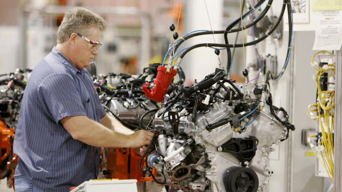 AP Source: Ford to make small engine at Ohio plant
