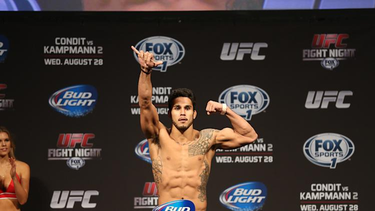Brad Tavares vs. Lorenz Larkin Added to UFC Fight Night 35 Fight Card