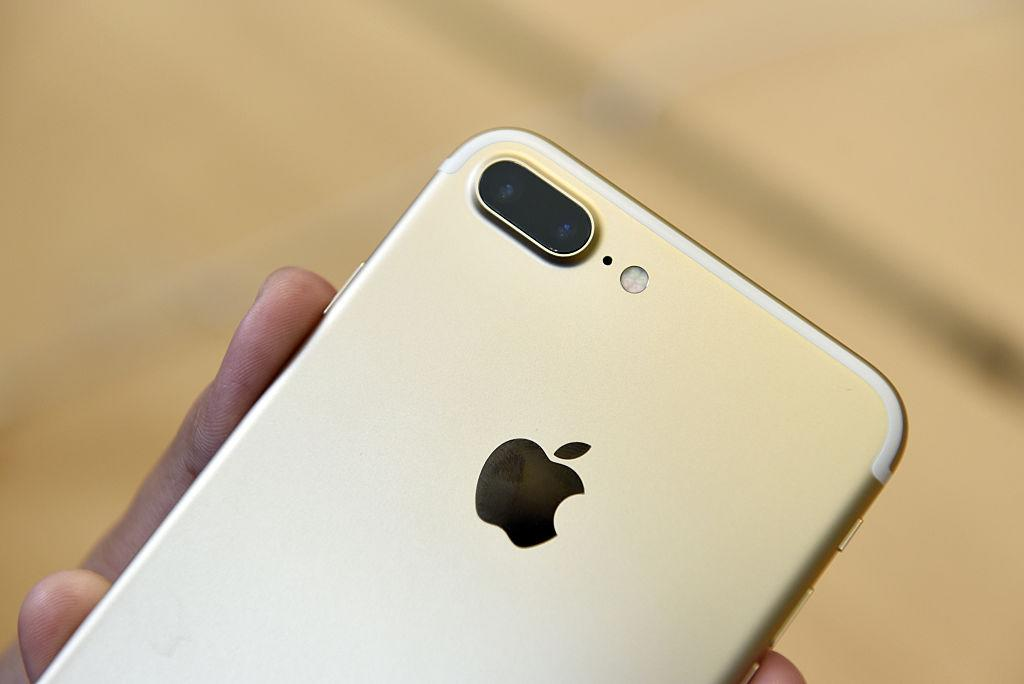 It costs HOW much to make an iPhone? We're a little shocked right now