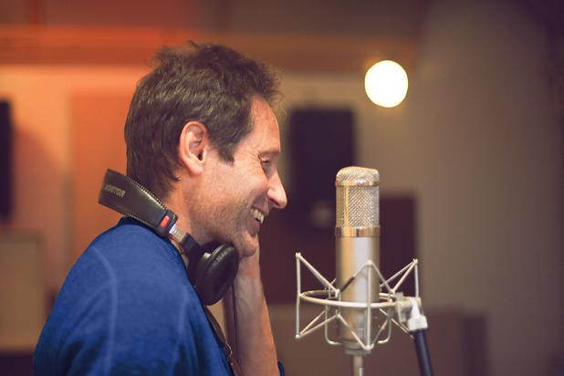 Agent Mulder Sings! David Duchovny to Release Album in May