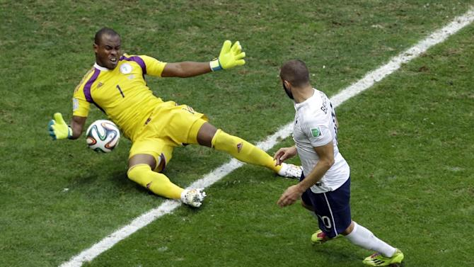 Enyeama ruins his World Cup with error vs France