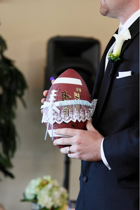 "Coolest New ""Garter Toss"""
