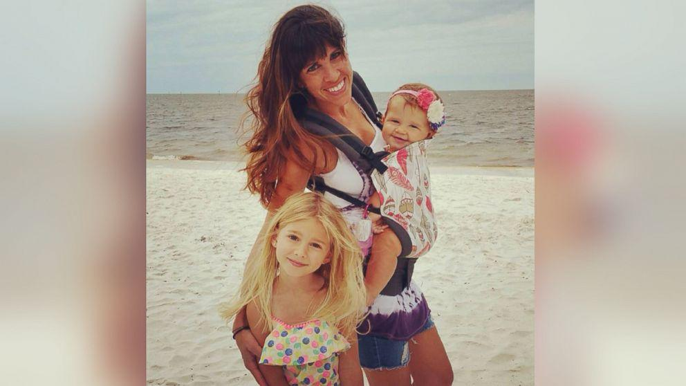 Florida Mom Outraged by Mall Employee's Facebook Shaming