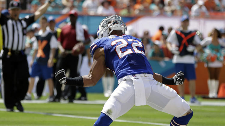 Overcoming sore knee, RB Jackson sparks Bills win