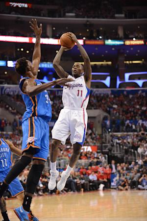 Clippers beat Thunder 111-103 after scuffle
