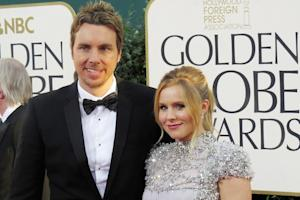 Kristen Bell Wages Twitter War With People Magazine Over 'Pedorazzi' Photos of Kids