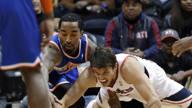 Anthony's 25 points lift Knicks past Hawks, 95-91