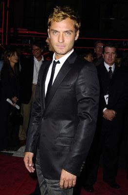 Jude Law at the Hollywood premiere of Paramount Pictures' Sky Captain and the World of Tomorrow