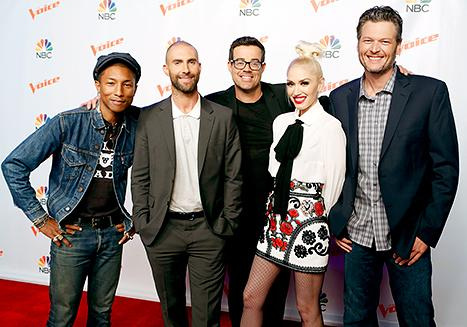Blake Shelton, Gwen Stefani Shine Together on Red Carpet After Respective Splits: Pictures