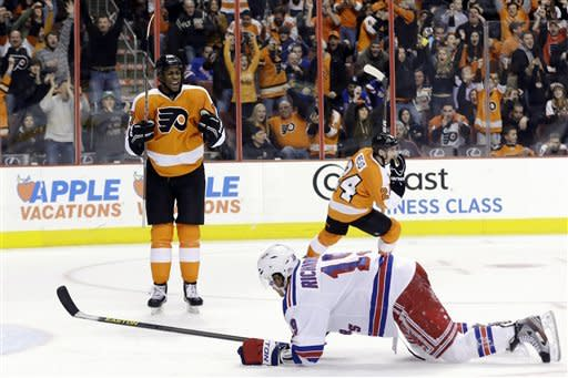 Flyers beat Rangers 2-1 for 1st win of the season