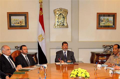 Morsi faces feuds over Egypt charter