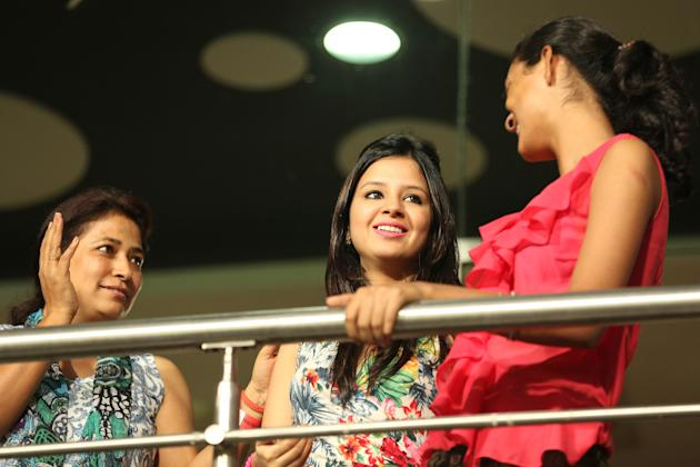 Sakshi Dhoni cheers on the Chennai Super Kings with her friends during the match against the Kolkata Knight Riders at the Eden Gardens Stadium in Kolkata on the 20th April 2013. Photo by Saikat Das-IP