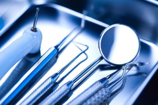 Los instrumentos odontológicos, si se usan bien, no causan daño a los dientes / Foto: Thinkstock