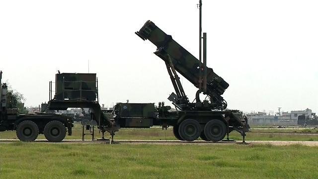 NATO provides Turkey with Patriot missiles near Syrian border