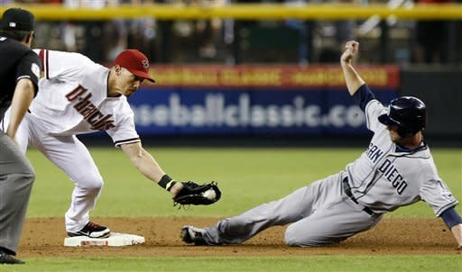 Guzman, Richard help Padres edge Diamondbacks 6-5